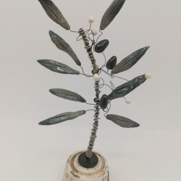 Ελιά - χειροποίητο διακοσμητικό κεραμικό σε μεταλλικό άξονα και κεραμική βάση